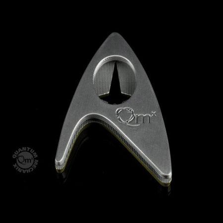 Star Trek: Beyond Replik - 1/1 Sternenflottenabzeichen Kommando - magnetisch