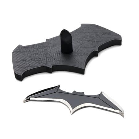 DCC-0215 - Batman - DC Movies - Batman's Batarang - Replik 1/1